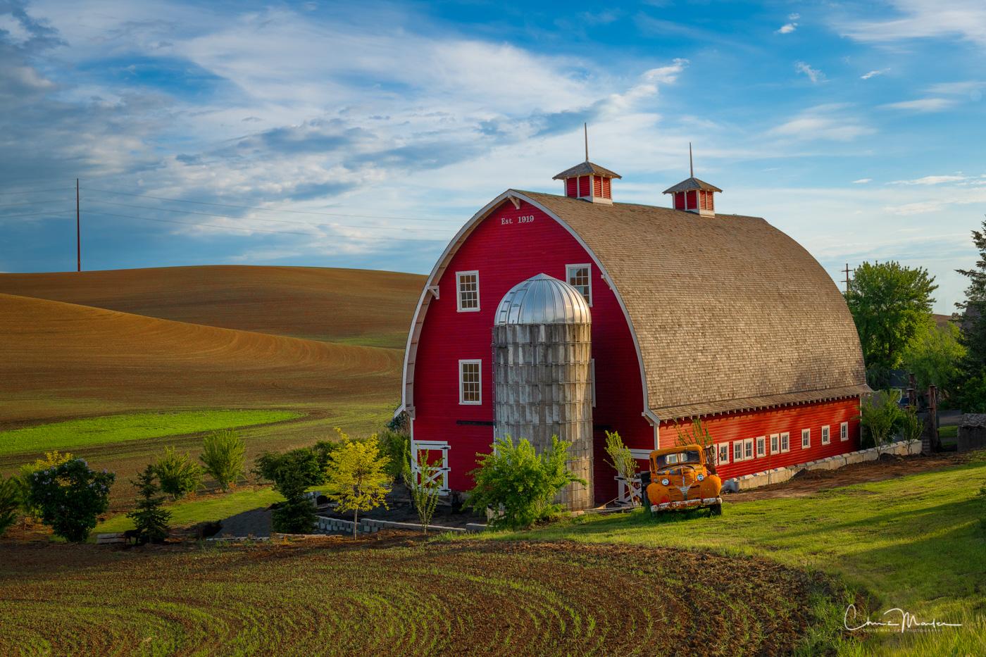 Palouse, Colfax, orange truck, rural, barn, red barn, Heidenreich, rolling hills, photo